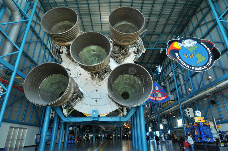 nasa-raket saturn v royaltyfria bilder