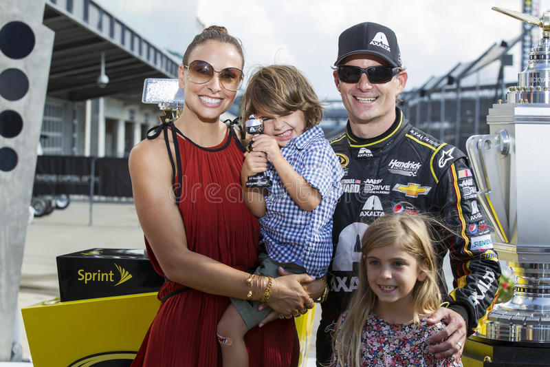 NASCAR: Η ΚΟΡΩΝΑ στις 27 Ιουλίου ΒΑΣΙΛΙΚΗ ΠΑΡΟΥΣΙΑΖΕΙ, ο JOHN WAYNE WALDING 400 στοκ εικόνα με δικαίωμα ελεύθερης χρήσης