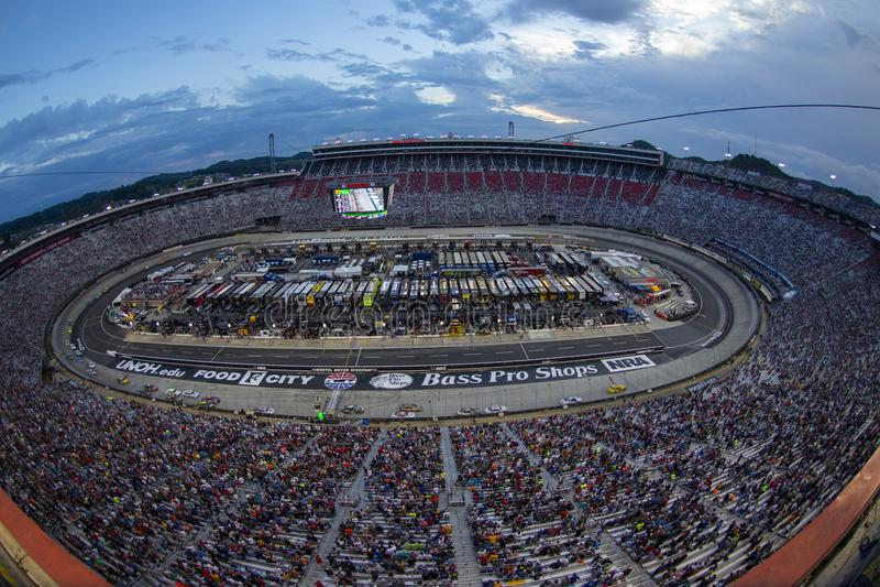 NASCAR: Гонка ночи NRA магазинов 18-ое августа басовая Pro стоковая фотография