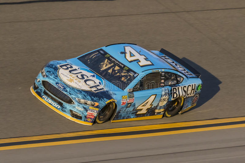 NASCAR :在Daytona的2月17日先遣汽车零件碰撞 图库摄影