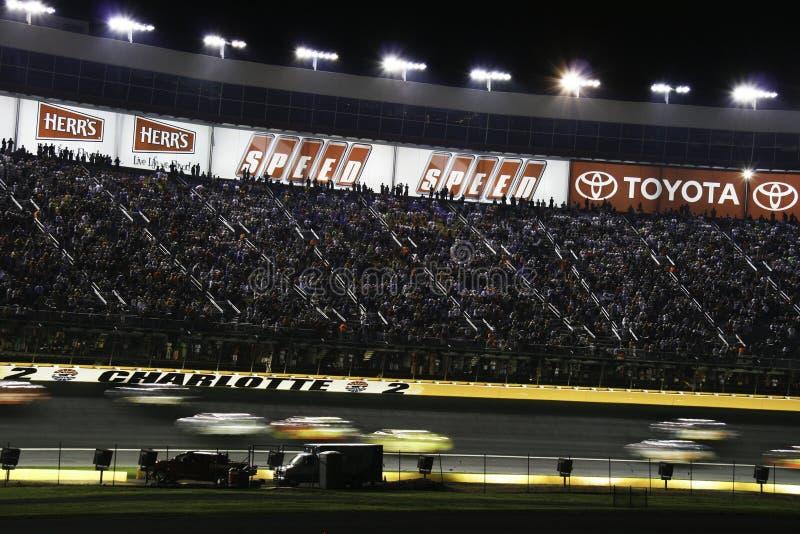NASCAR - 2010 toda a raça por sua vez 2 da estrela foto de stock