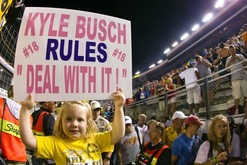 NASCAR: 21 het Ras van de Nacht van de Hulpmiddelen Irwin van augustus royalty-vrije stock foto's