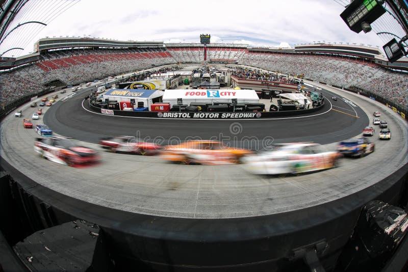NASCAR: Apr 18 przejażdżka Zatrzymywać cukrzyce 300 zdjęcie stock