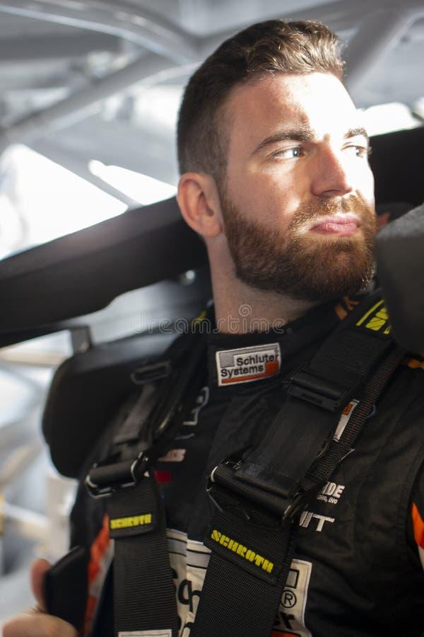 NASCAR: Augusti 03 går att bowla på dalgången royaltyfri bild
