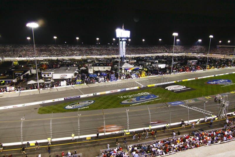 NASCAR - Canal adutor do International de Richmond imagem de stock
