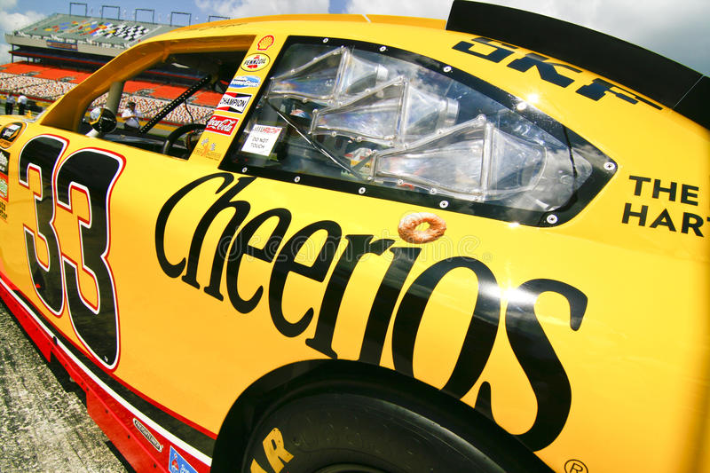 Download NASCAR - Cheerios Sponsorship Editorial Image - Image of cheerios, people: 16534125