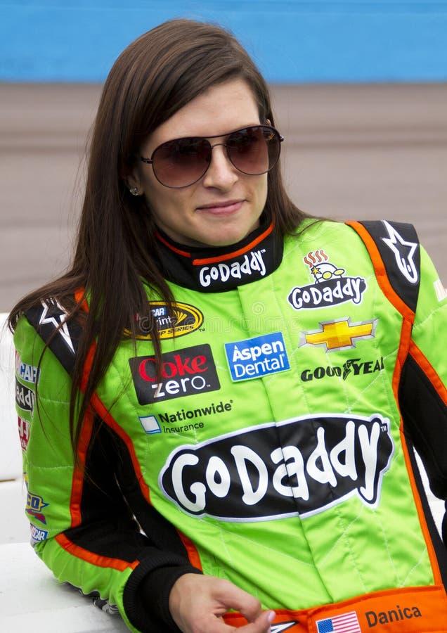 NASCAR Danica Patrick no canal adutor do International de Phoenix fotografia de stock royalty free