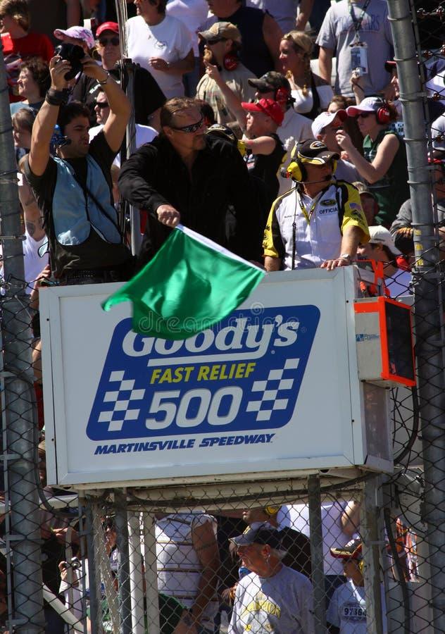 NASCAR - de Groene Middelen van de Vlag gaan! royalty-vrije stock afbeelding
