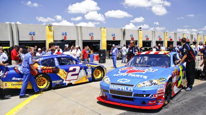 NASCAR - Del garage del área raza ocupada pre foto de archivo