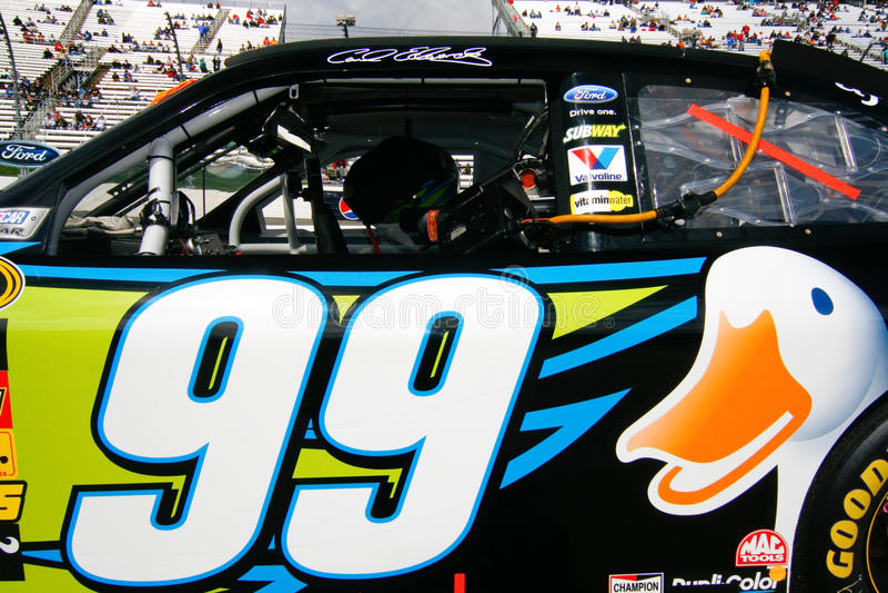 NASCAR - Edwardss #99 AFLAC ducken sich stockfoto