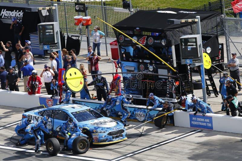 NASCAR: 19 februari Conflict van Vooruitgangs het Autodelen in Daytona stock foto's