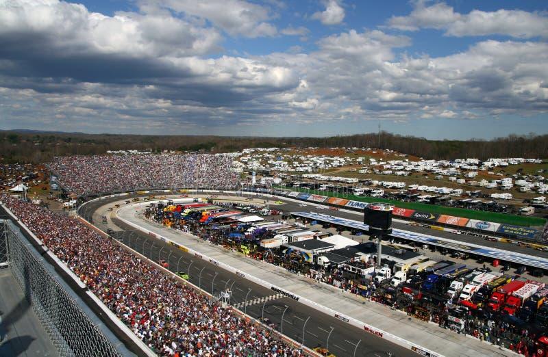 NASCAR - Gara motociclistica su pista di Martinsville immagine stock