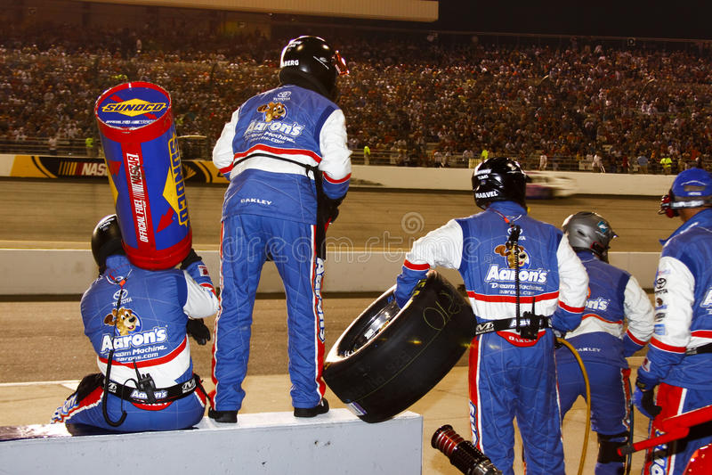 NASCAR - Grupo de poço pronto em Richmond fotos de stock