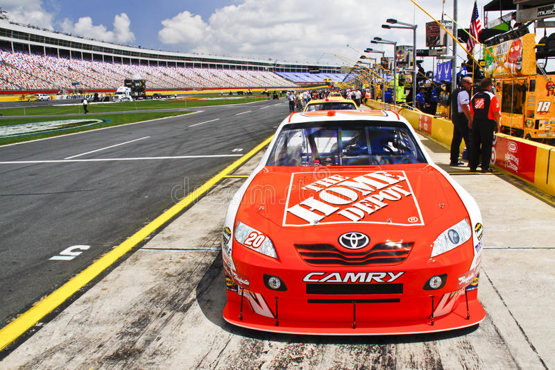 Download NASCAR - Home Depot Sponsorship Editorial Stock Photo - Image of bowyer, busch: 16534198