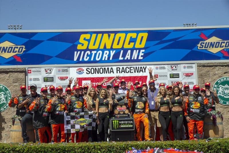 NASCAR : 23 juin Toyota/march? 350 d'?conomies image stock