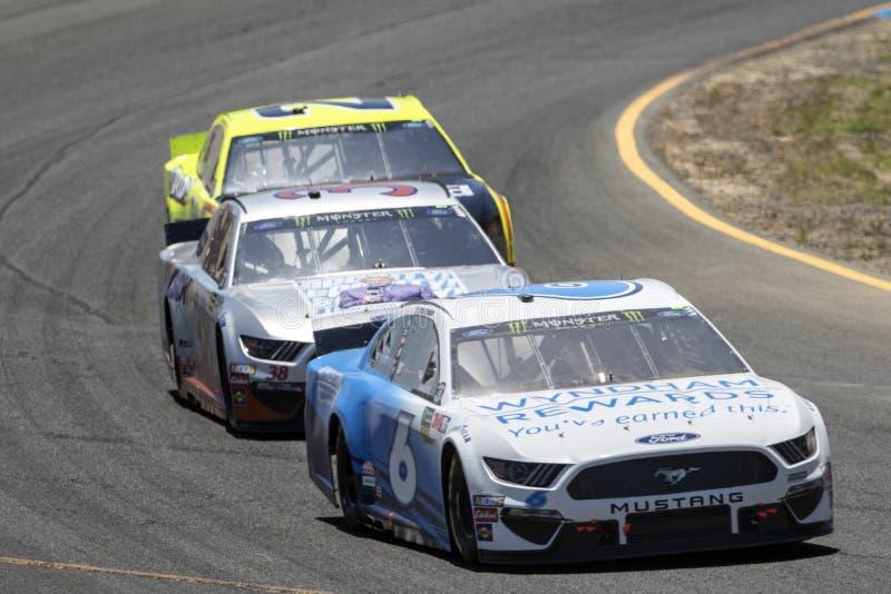 NASCAR : 23 juin Toyota/march? 350 d'?conomies photographie stock