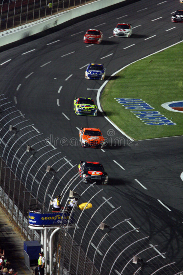NASCAR - La bandierina di avvertenza è fuori fotografia stock libera da diritti