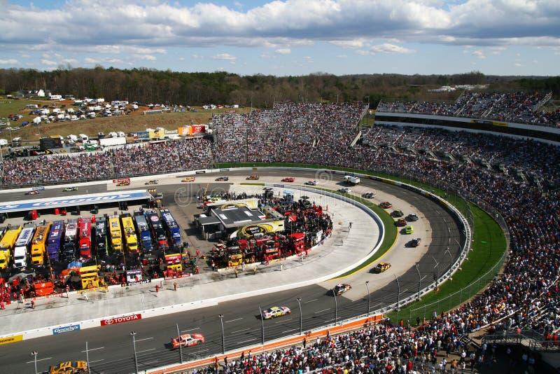 NASCAR - Martinsville gira 1 & 2 fotografia de stock royalty free
