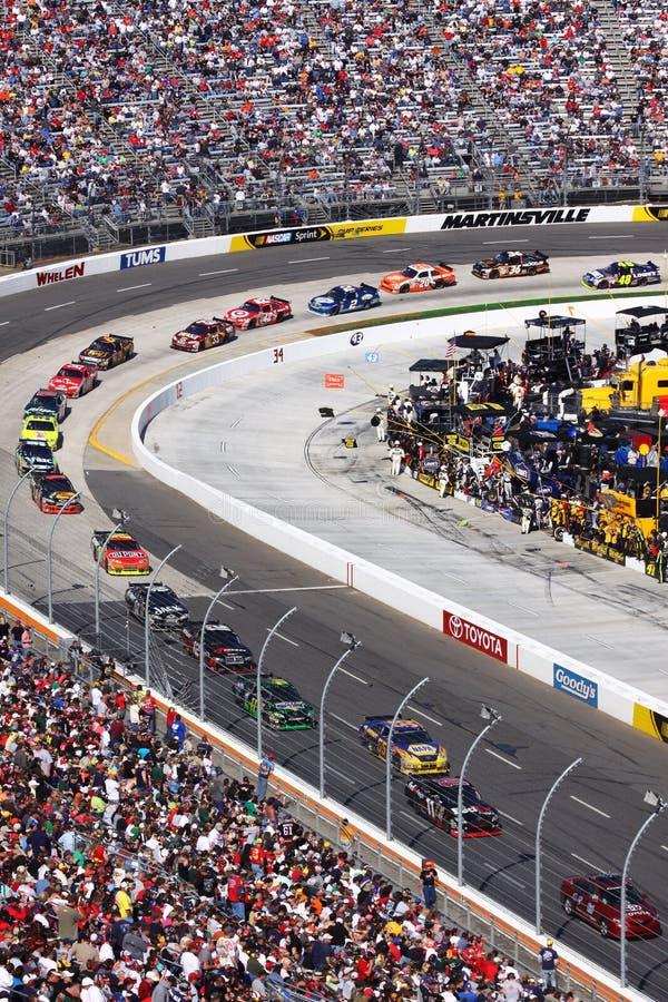 NASCAR - Martinsville - suivez le véhicule de rythme image stock