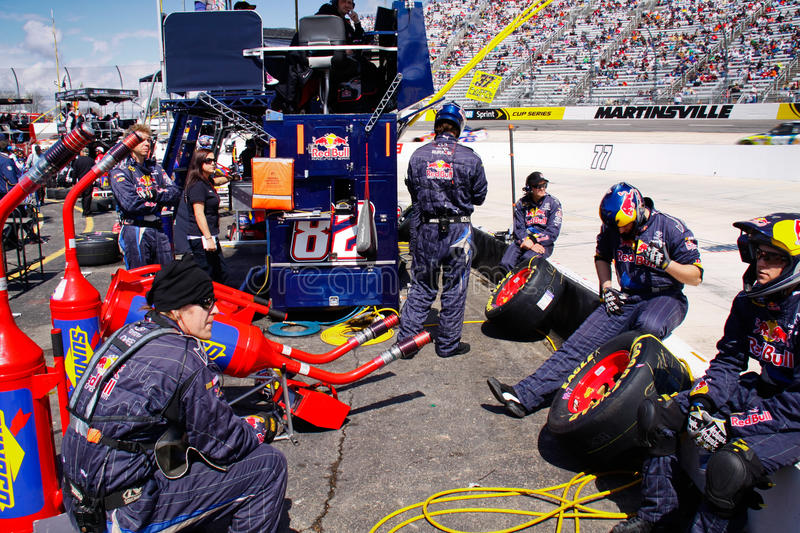 Download NASCAR - Pit Crew Relaxing editorial image. Image of fast - 21302555