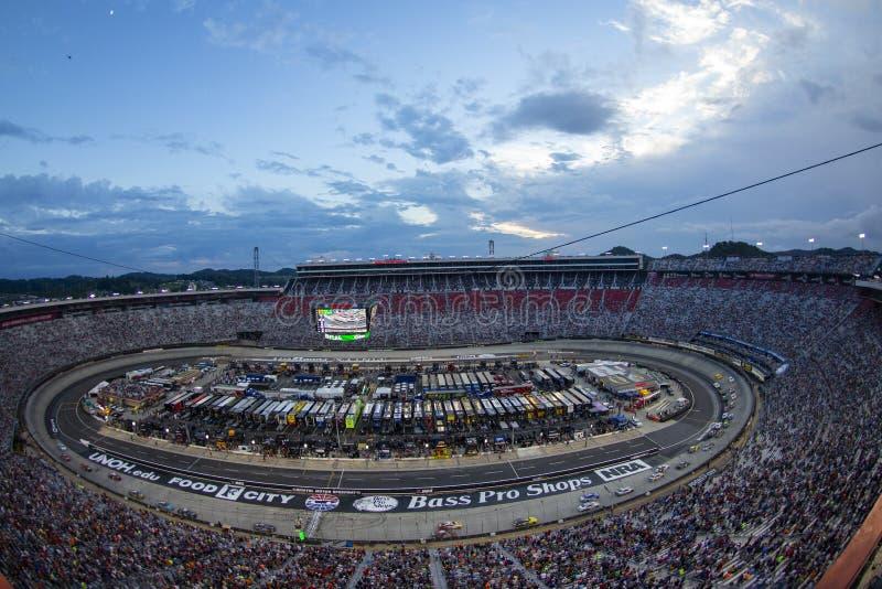 NASCAR: Raça da noite do NRA de Bass Pro Shops do 18 de agosto fotos de stock royalty free