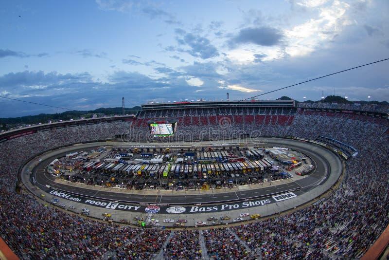NASCAR: Raça da noite do NRA de Bass Pro Shops do 18 de agosto fotos de stock