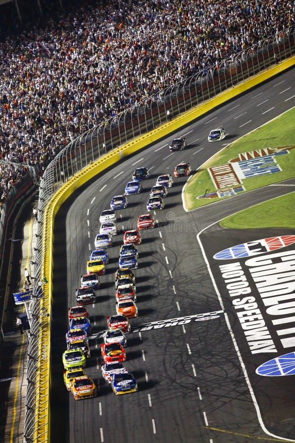 NASCAR - Relancement vert d'indicateur au coca-cola 600 photo libre de droits