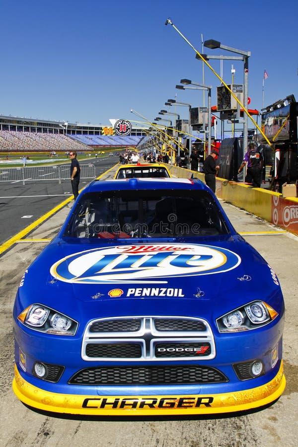 NASCAR - Retrato do carro de #2 Miller Lite de Keselowski imagem de stock royalty free