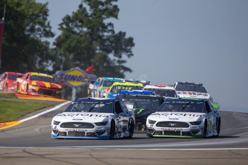 NASCAR: Sierpie? 04 I?? Rzuca? kul? przy roztok? fotografia royalty free