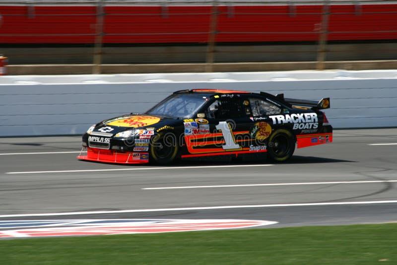 NASCAR - Truex em Lowes imagem de stock royalty free