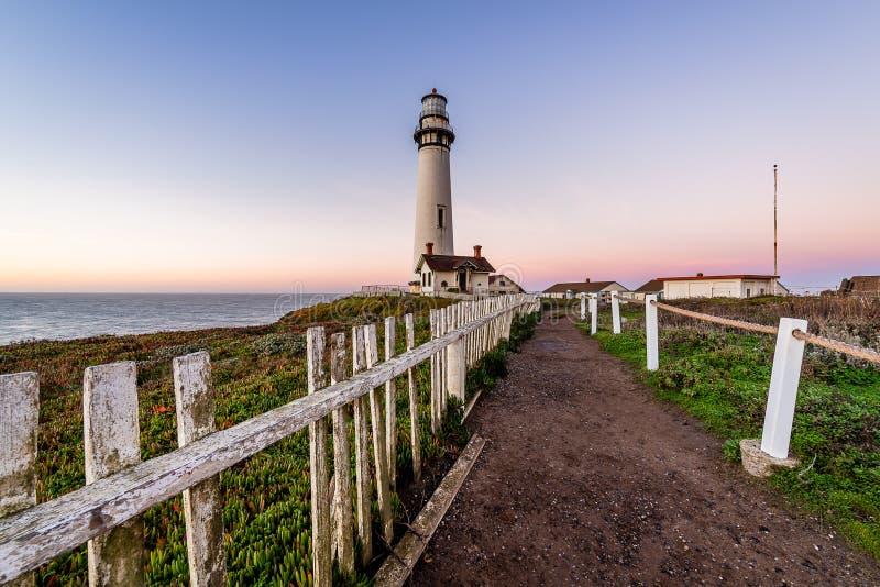 Nascer do sol ao longo da costa de Califórnia imagem de stock royalty free
