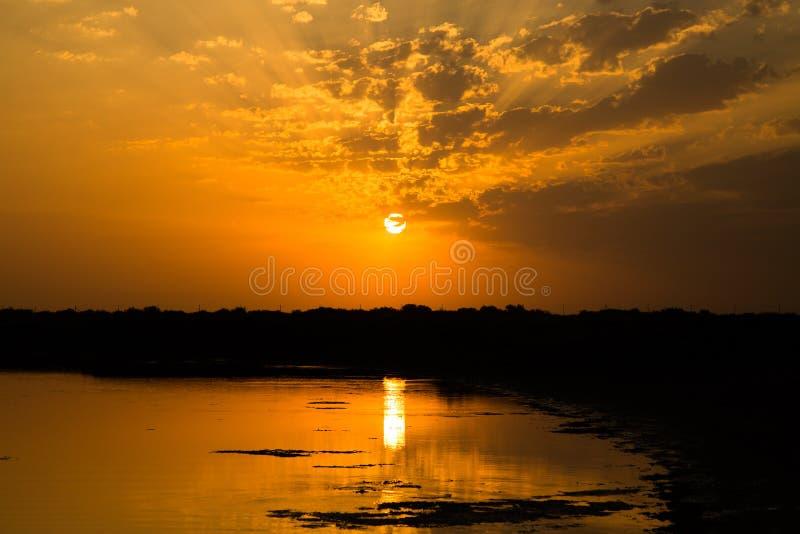Nascer do sol bonito foto de stock royalty free