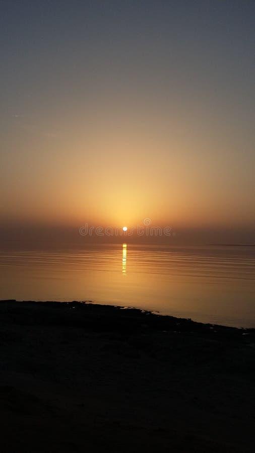 Nascer do sol bonito no Mar Vermelho fotografia de stock