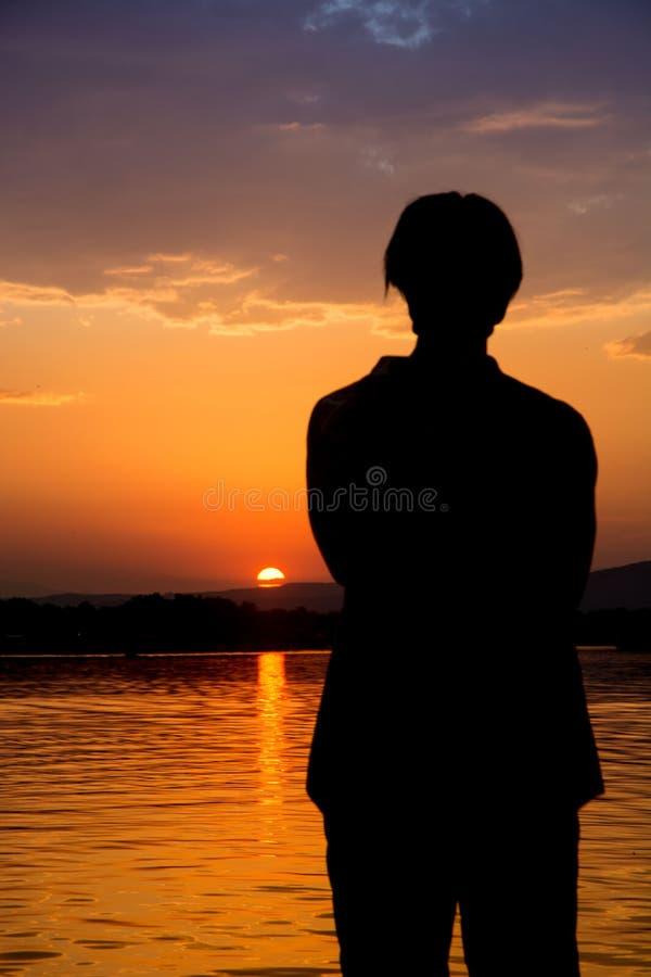 Nascer do sol bonito no rio Bojana imagens de stock royalty free