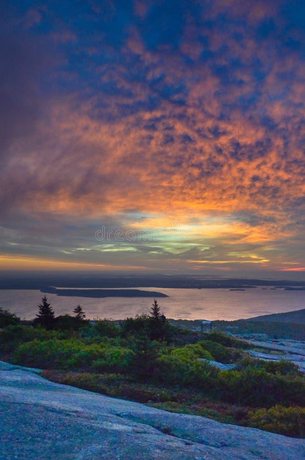 Nascer do sol colorido no parque nacional do acadia fotos de stock royalty free