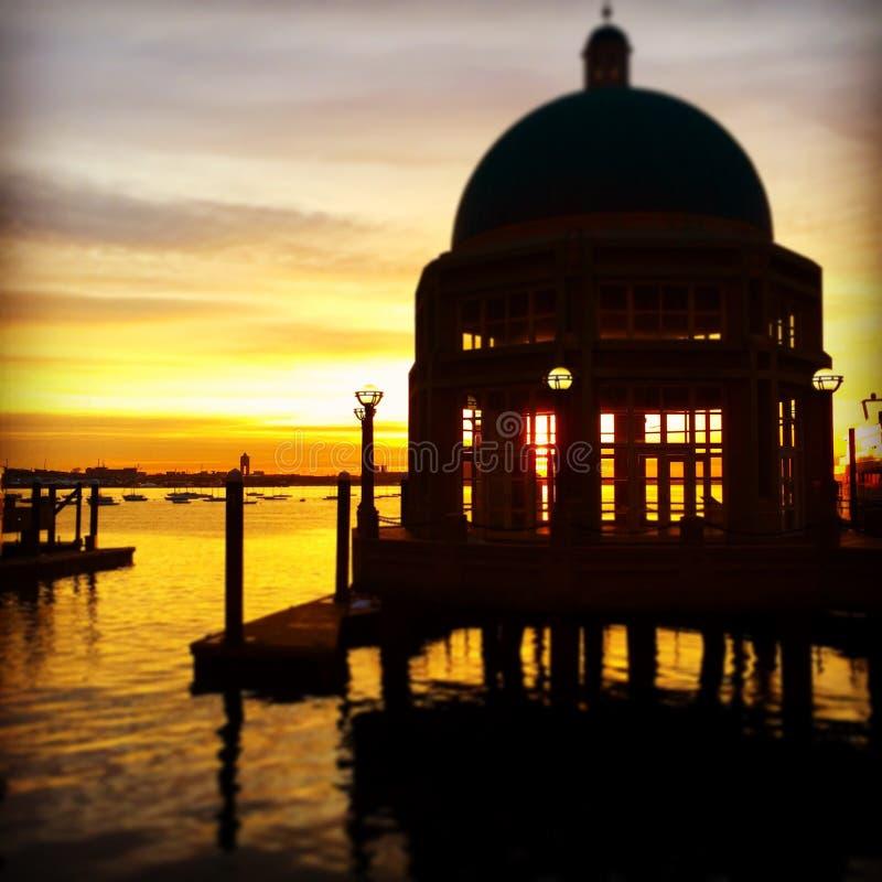 nascer do sol cor-de-rosa Boston miliampère do cais fotos de stock royalty free