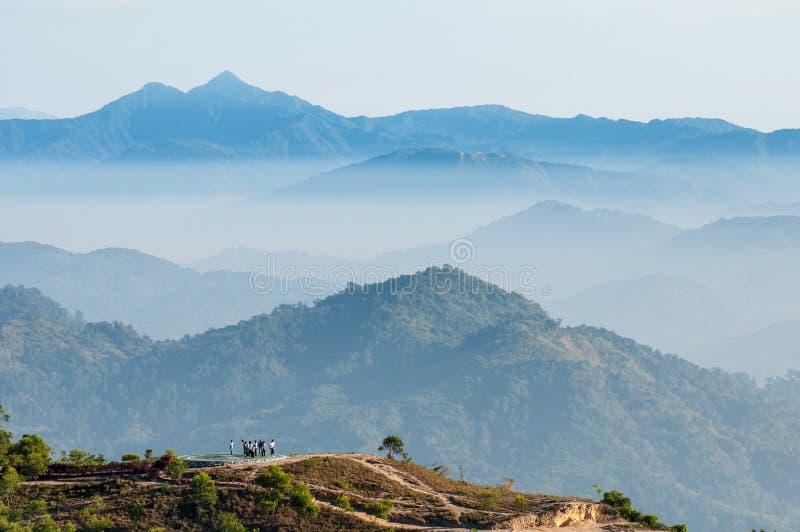Nascer do sol da montanha da paisagem foto de stock royalty free