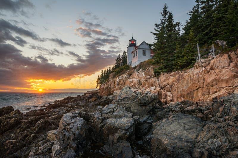 Nascer do sol de Bass Harbor Lighthouse imagens de stock royalty free
