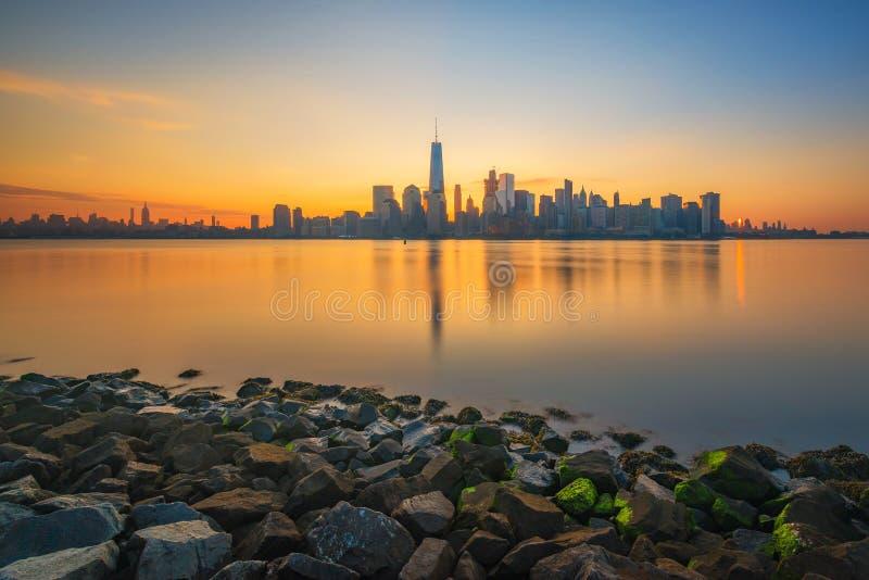 Nascer do sol de Manhattan de New-jersey imagens de stock royalty free