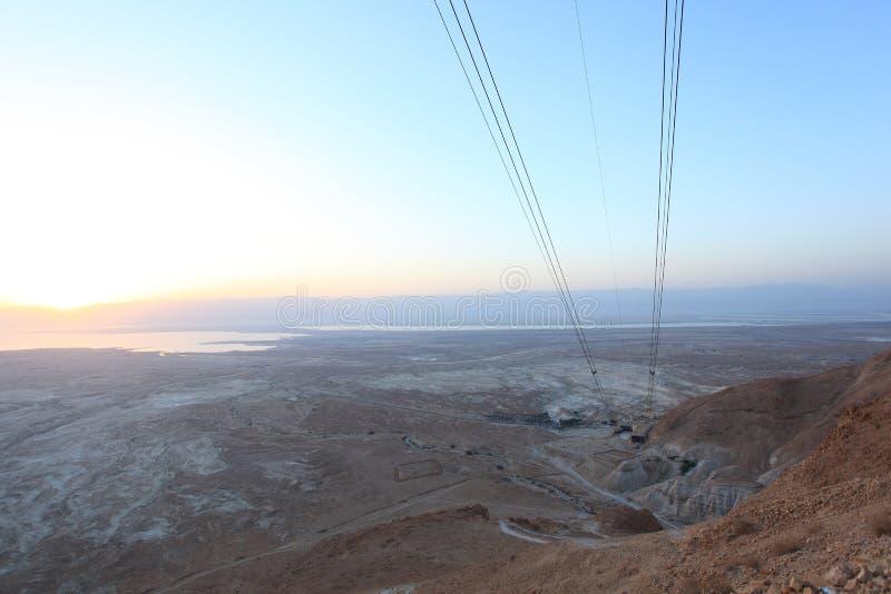 Nascer do sol de Masada no deserto de Judah imagem de stock