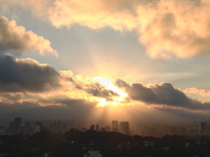 Nascer do sol de São Paulo fotografia de stock