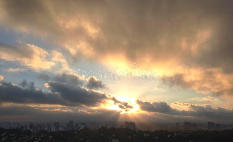 Nascer do sol de São Paulo foto de stock royalty free