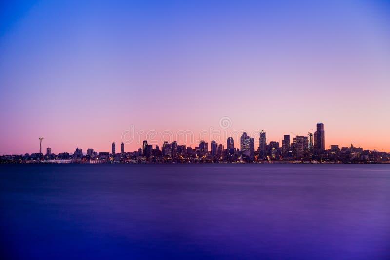 Nascer do sol de Seattle imagens de stock royalty free