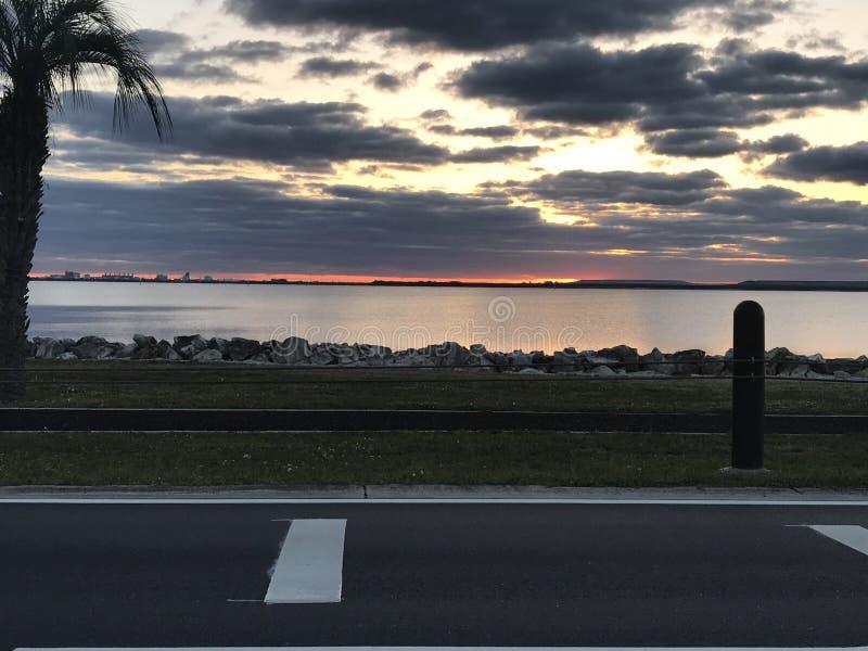 Nascer do sol de Tampa imagens de stock royalty free