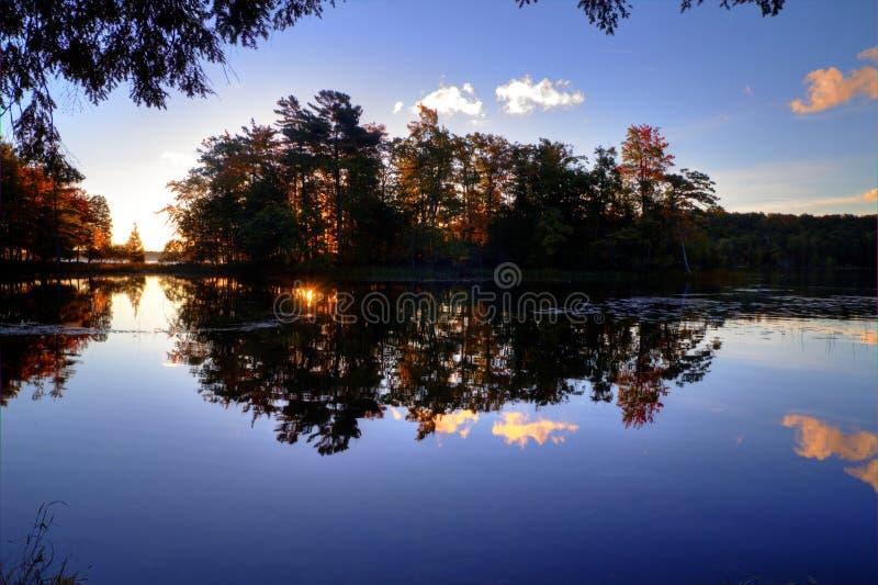 Nascer do sol do lago foto de stock royalty free