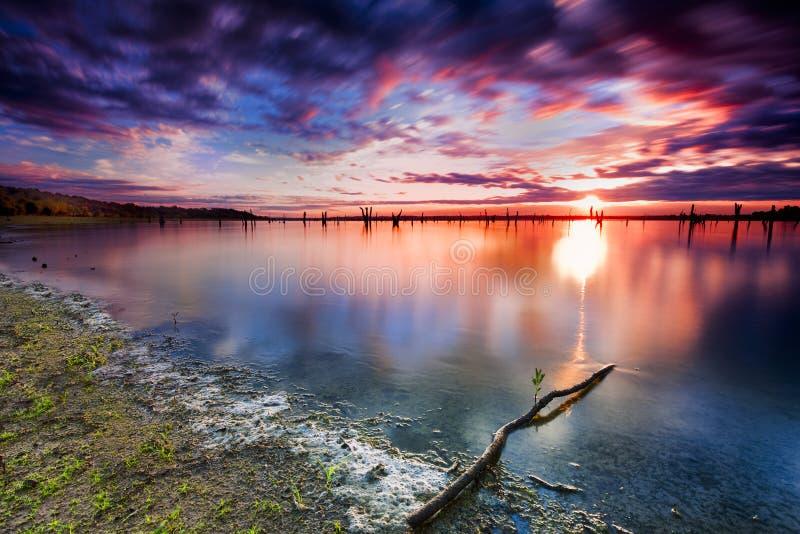 Nascer do sol do lago Benbrook fotos de stock