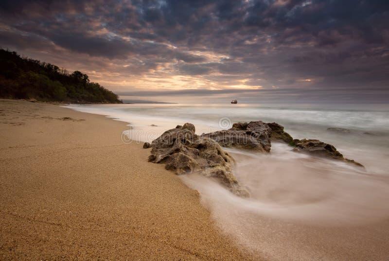 Nascer do sol do mar fotografia de stock royalty free