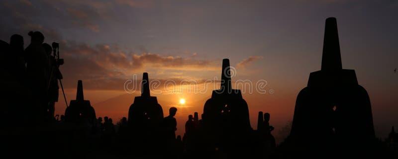 Nascer do sol do molde de Borobudur foto de stock