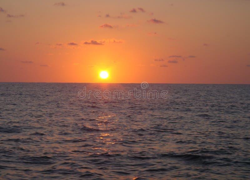 Nascer do sol do oceano fotografia de stock
