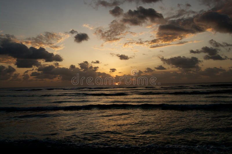 Nascer Do Sol Do Oceano Imagem de Stock